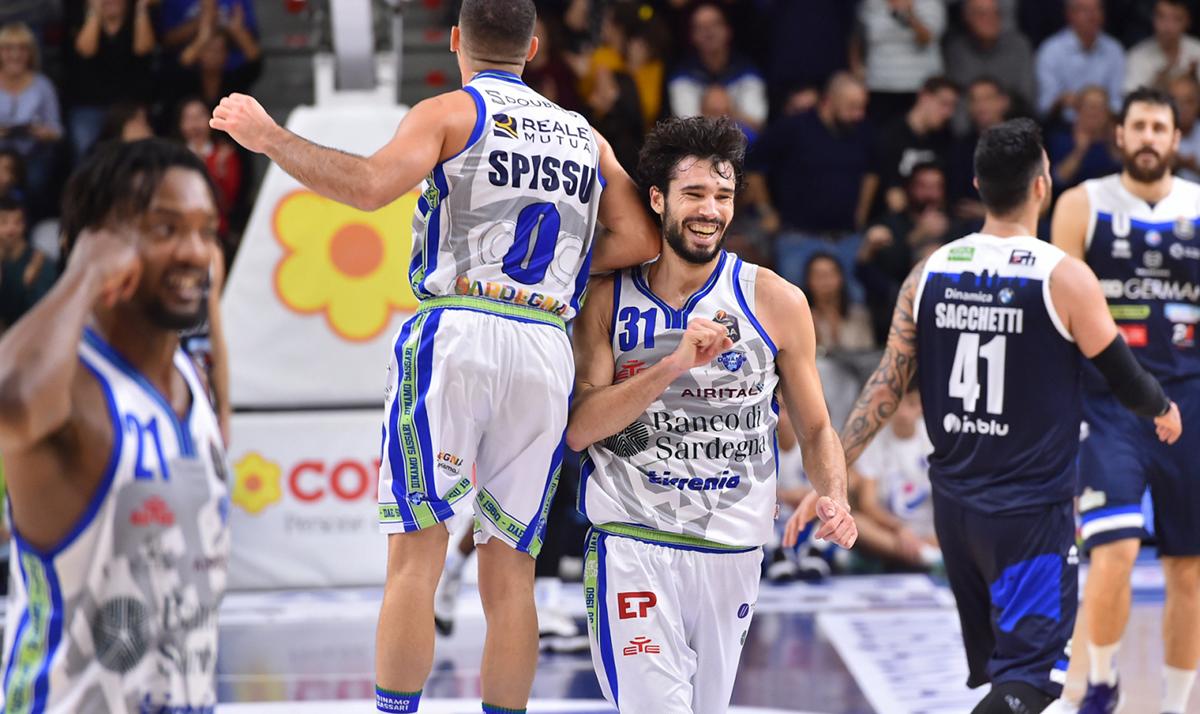 Una Dinamo Sassari da urlo domina la Leonessa Brescia e ...