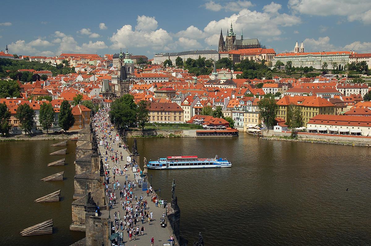Praga, il Castello e il Ponte Carlo
