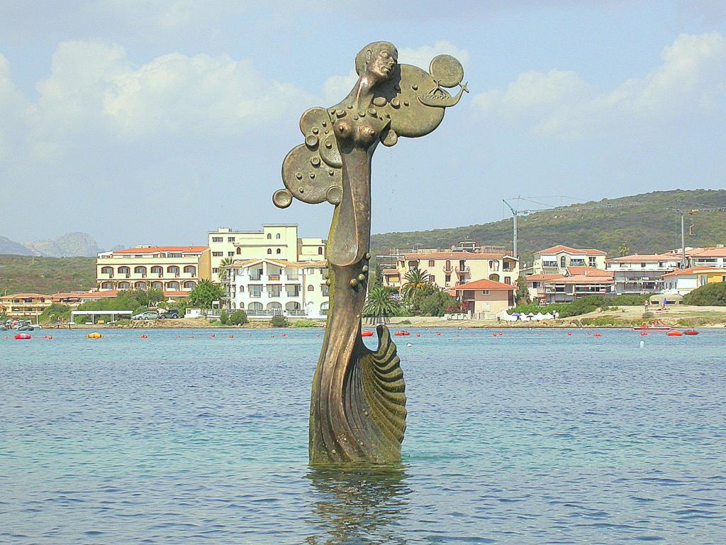 """Il """"Canto della Sirena"""" a Golfo Aranci. 📷 Golfoaranci.eu"""