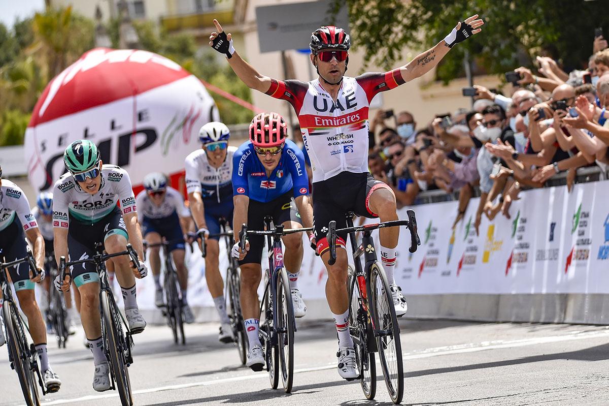 Settimana Ciclistica Italiana 2021. Diego Ulissi (ITA - UAE Team Emirates) - Alberto Bettiol (ITA - EF Education - Nippo). 📷 Tommaso Pelagalli/BettiniPhoto©2021