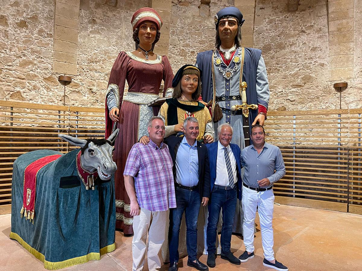 Da sinistra: Il presidente di Adifolk Ivan Besora, il Sindaco di Alghero Mario Conoci, il Presidente della Fondazione Maria Carta Leonardo Marras e il presidente della Fondazione Alghero Andrea Delogu